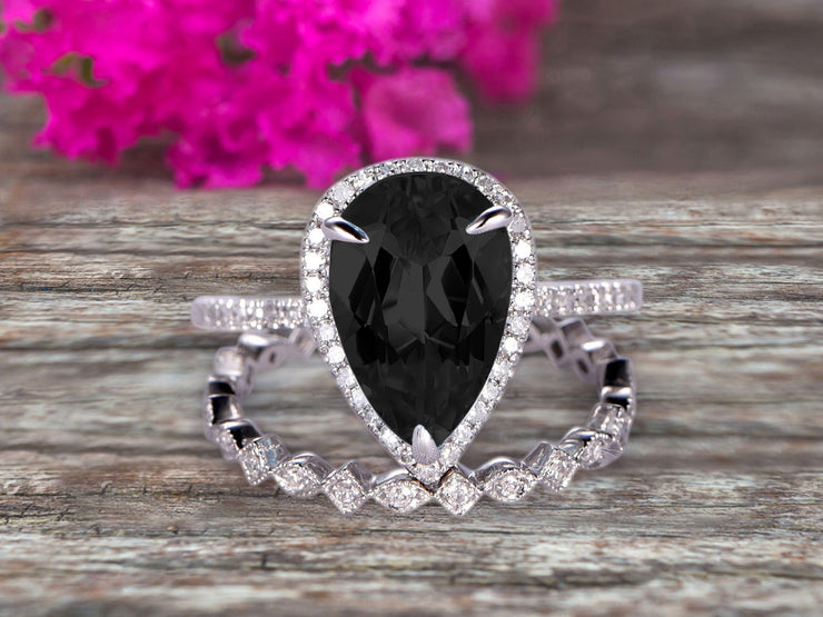 2Pcs Wedding Ring Set Pear Shape 1.75 Carat Black Diamond Moissanite Engagement Ring On 10k White gold Halo Design