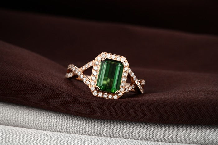 Infinity 2 Carat Emerald and Moissanite Diamond Engagement Ring for Her in Rose Gold