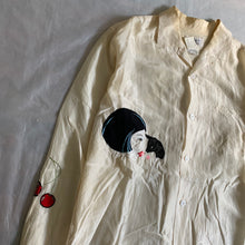 Load image into Gallery viewer, ss2004 Yohji Yamamoto Silk Applique Shirt - Size XL