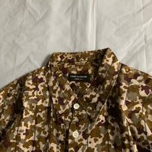 Load image into Gallery viewer, 1997 CDGH+ Military Autumn Tone Desert Camo Shirt - Size L