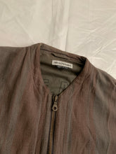 Load image into Gallery viewer, 1990s Armani Cropped Linen Collarless Swing Jacket - Size XL