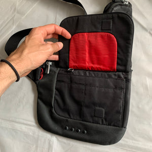 2000s Vintage TUMI T-TECH 5135D Black Saddle Bag - Size OS