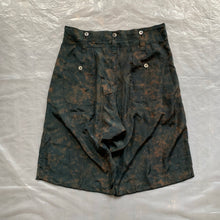 Load image into Gallery viewer, aw2009 Yohji Yamamoto Silk Jaguar Shorts - Size XL