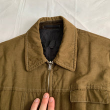 Load image into Gallery viewer, ss1999 CDGH+ Reversible Olive Work Jacket with Frill Lining - Size M