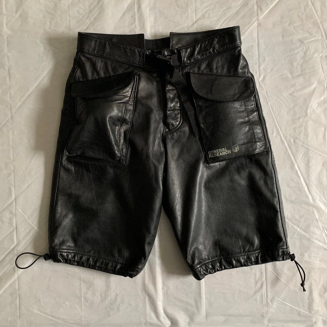 1997 General Research Leather Cargo Short - Size M