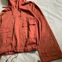 Load image into Gallery viewer, 1940s Vintage WW2 US Navy Faded Red Gunner Smock - Size L