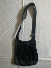 Load image into Gallery viewer, 2000s Vintage TUMI T-TECH 5132D Black Saddle Bag - Size OS