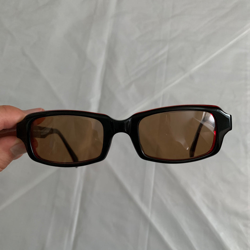 2000s Yohji Yamamoto Black Rectangular Sunglasses with Vibrant Red Wiring - Size OS