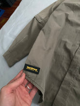 Load image into Gallery viewer, 2000s Vintage Yak Pak Tactical Shirt with Removable Sleeves - Size L