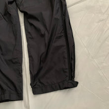 Load image into Gallery viewer, aw2000 Issey Miyake Black Technical Trackpants - Size M