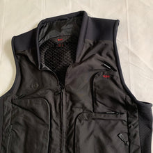 Load image into Gallery viewer, 2000s Vintage TUMI Black Traveler Cargo Vest - Size XL