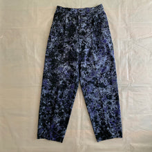 Load image into Gallery viewer, 2000s Issey Miyake Dyed Double Pleated Pants - Size M