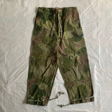 Load image into Gallery viewer, 1950s Vintage Belgian Brushed Camo Cargo Pants - Size M