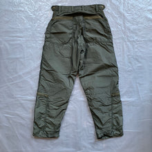 Load image into Gallery viewer, aw2006 Issey Miyake Flight Cargos - Size M