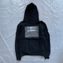Load image into Gallery viewer, aw2013 Cav Empt Manifest Horizon Hoodie - Size M