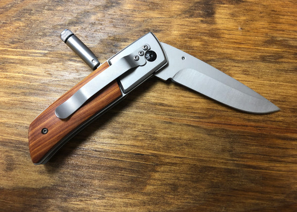Engraved Pocket Knife With LED Light - C & A Engraving and Gifts