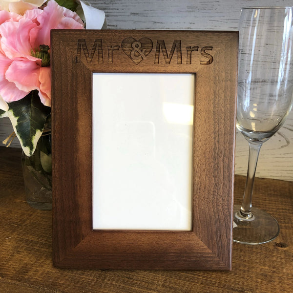 Wedding Photo Frame Personalized. Mr and Mrs Picture Frame. - C & A Engraving and Gifts
