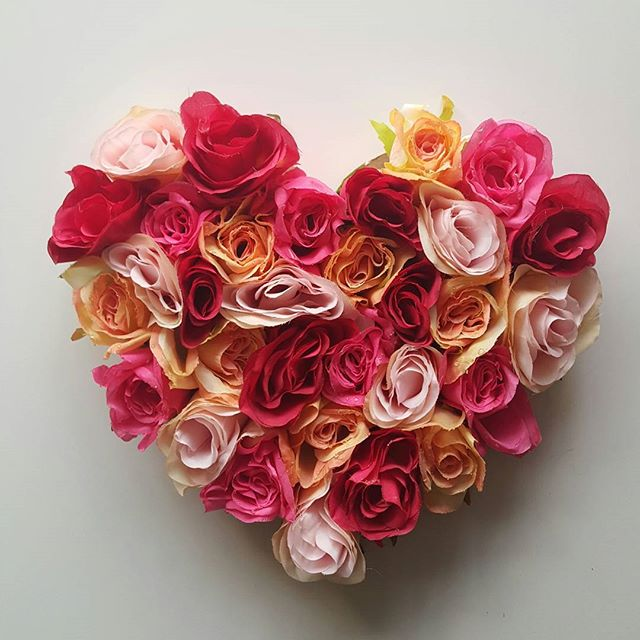 Easy Valentine's Day Floral Heart Bouquet Made With Hot Melt Glue