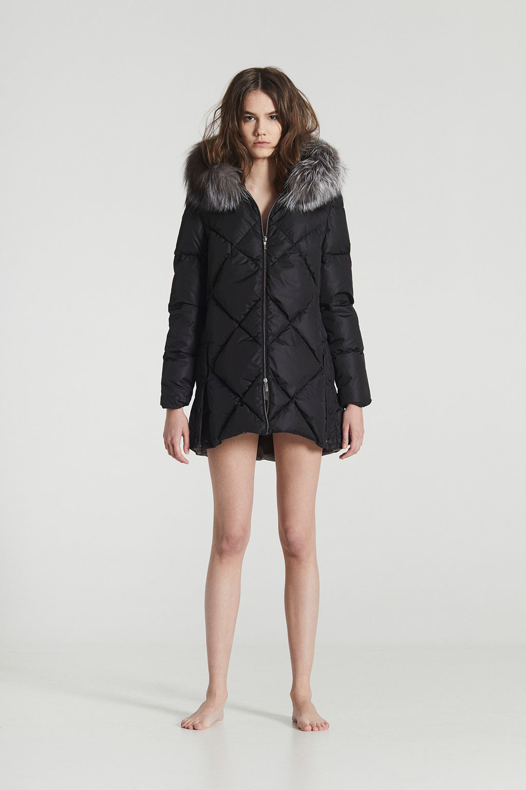 CARLA MINI / Black & White Goose Down diamond stitched Winter Coat