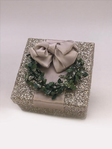 "Square 3"" X 3"" Box with Boxwood Wreath - Silver"