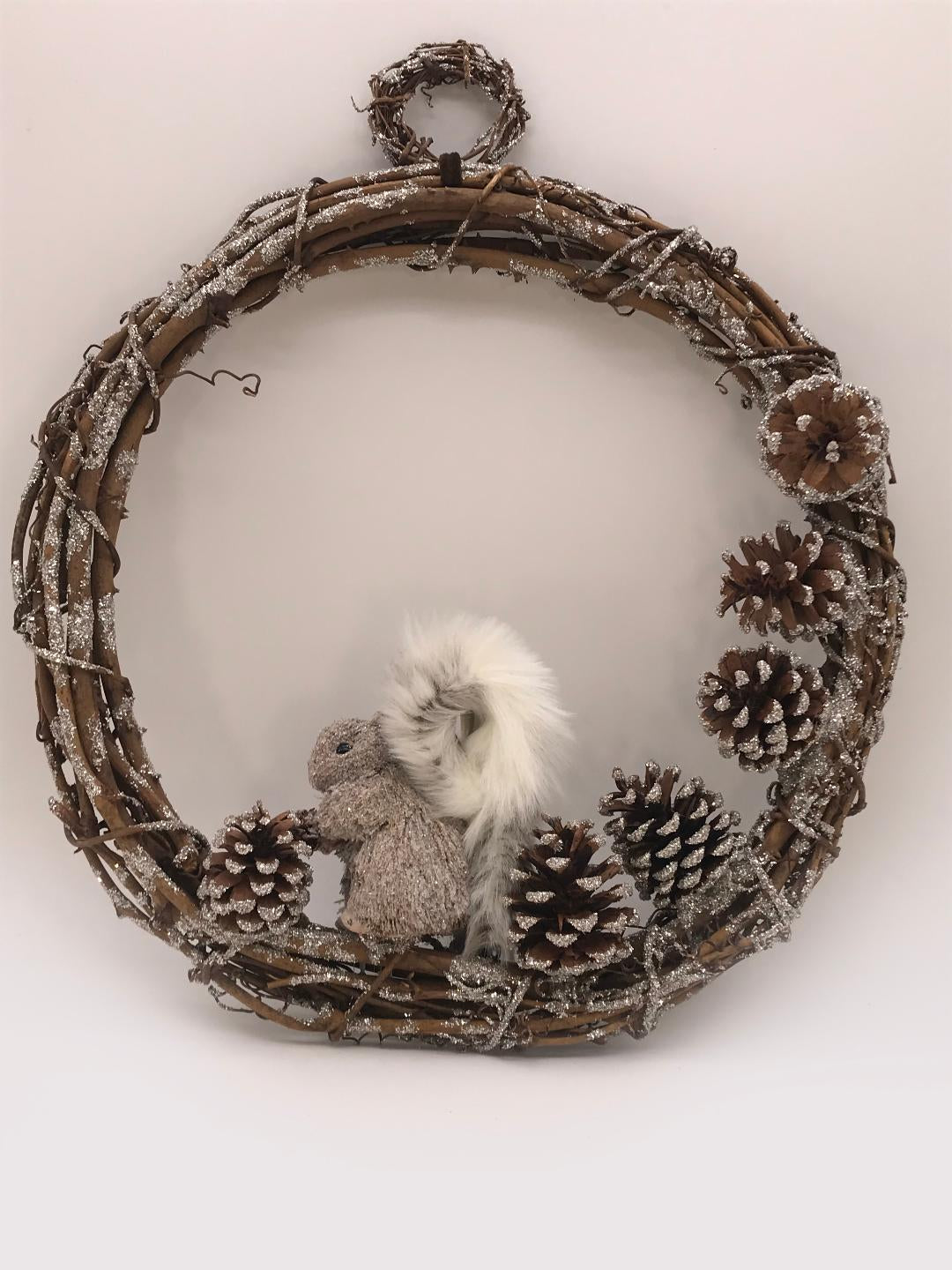 "Brushy Squirrel 18"" Wreath - Silver"