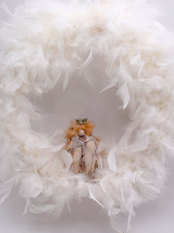 "Hen Feather Wreath 13"" - Cream"