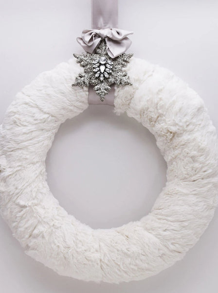 "Fur and Brooch 12"" Wreath - Bisque Fur"