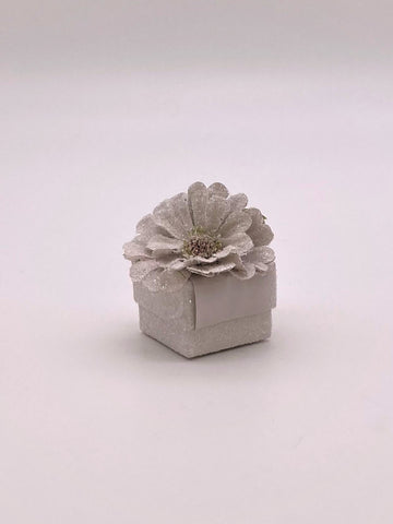 "Zinnia Ring Box, 1.75"" x 1.75"" - Dove"