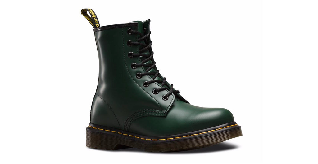 Dr. Martens Women's 1460 Smooth 'Green' | Foot Placard