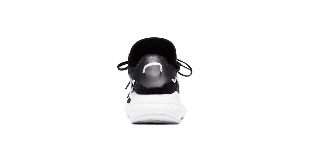 Y-3 Kusari 'Black - White' | Foot Placard