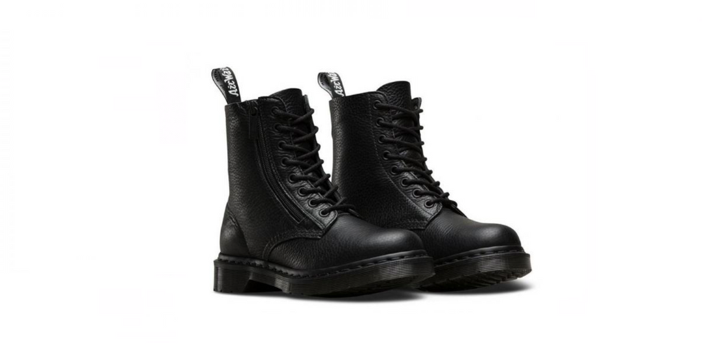 Dr. Martens 1460 Pascal W/ZIP 'Black Aunt Sally' | Foot Placard