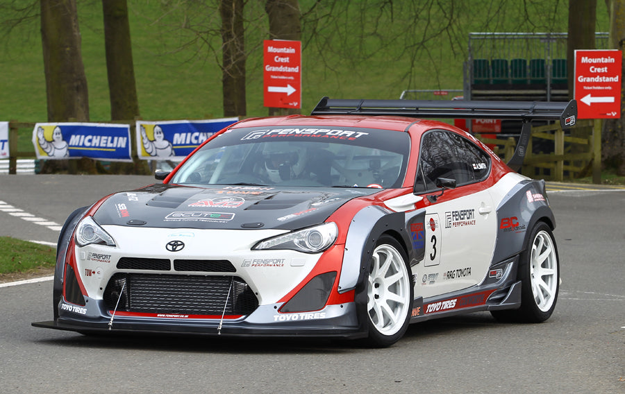 Fensport GT86R 2018 spec at Cadwell Park