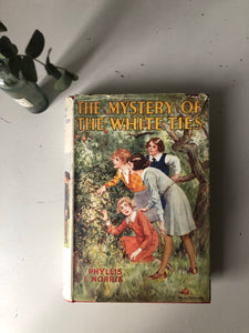 1930s Children's Story Book