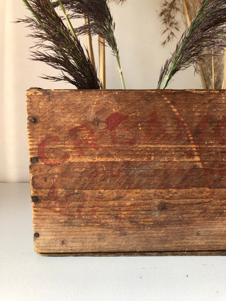 Rustic Vintage Drinks Crate