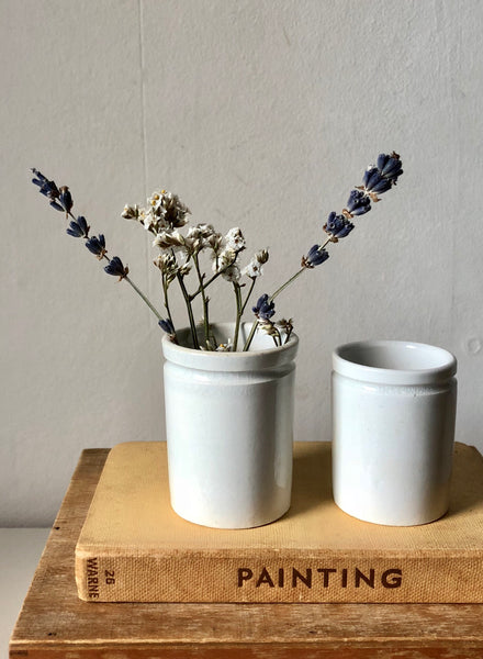 Set of 2 Apothecary measuring pots