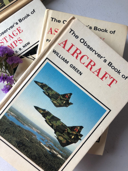 Observer Book of Aircraft, Hardcover