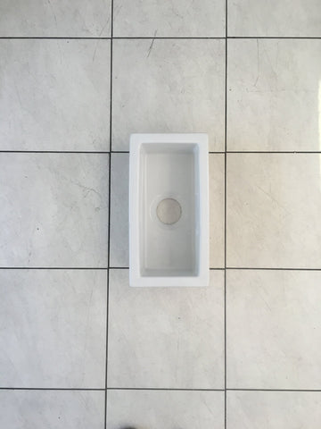 Fire clay side undermount sink