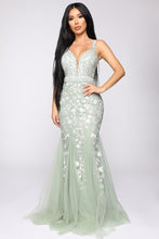 Load image into Gallery viewer, luxurious evening dress in mint