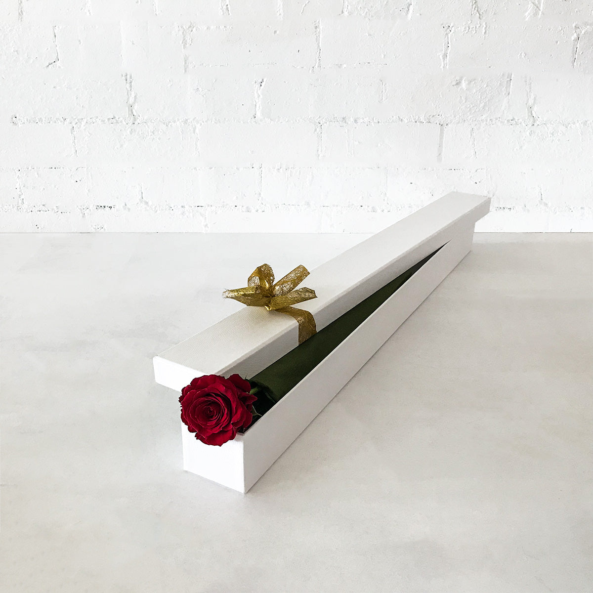Red Rose Long Gift Box- Single Long Stems