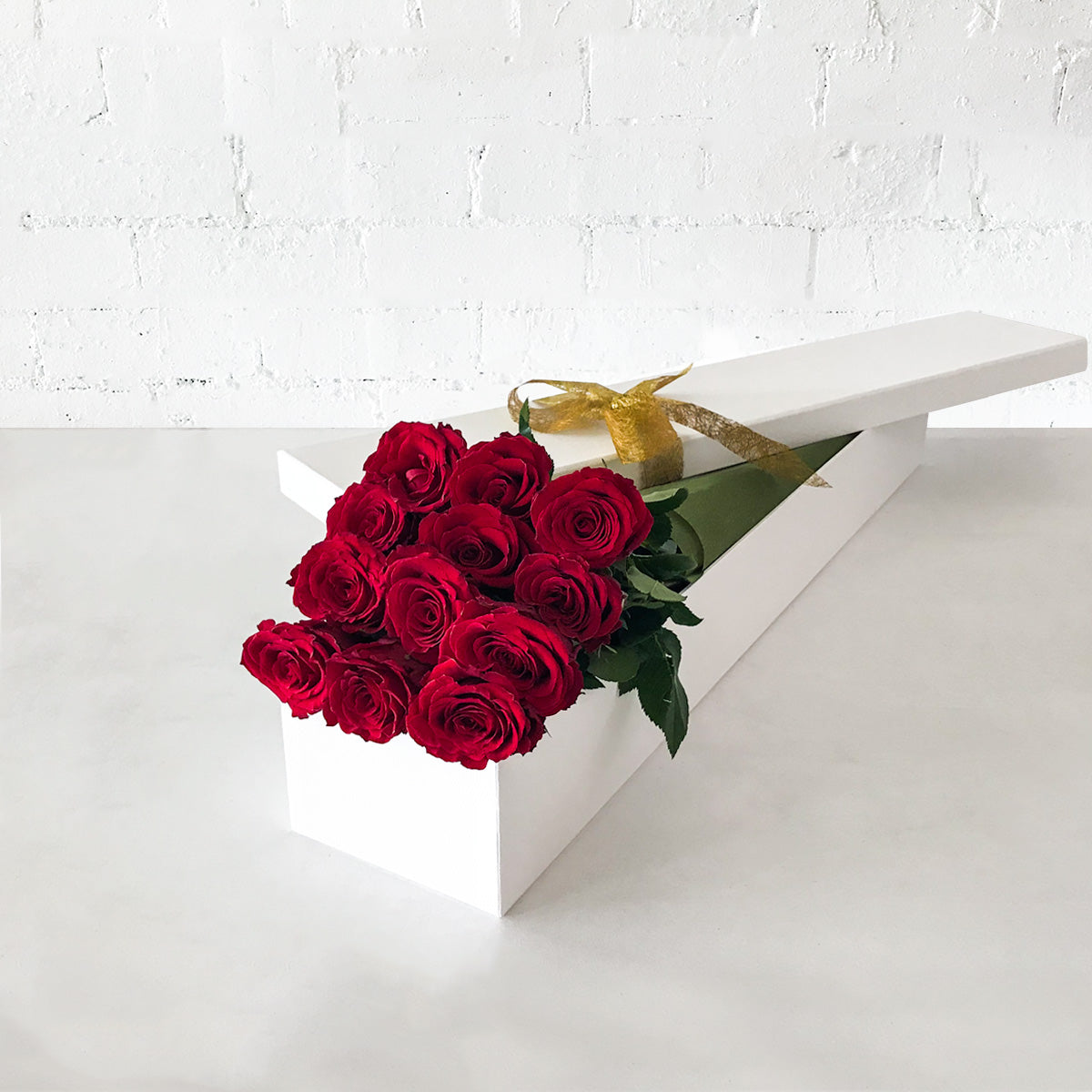 Red Roses Long Gift Box- 12 Long Stems