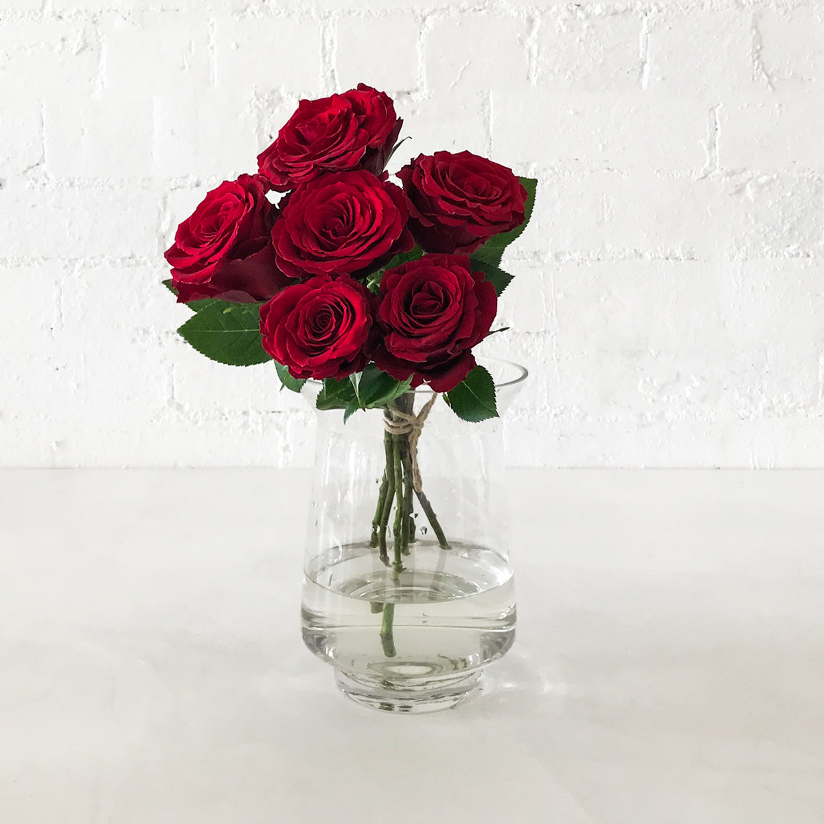 Red Roses - 6 Long Stems