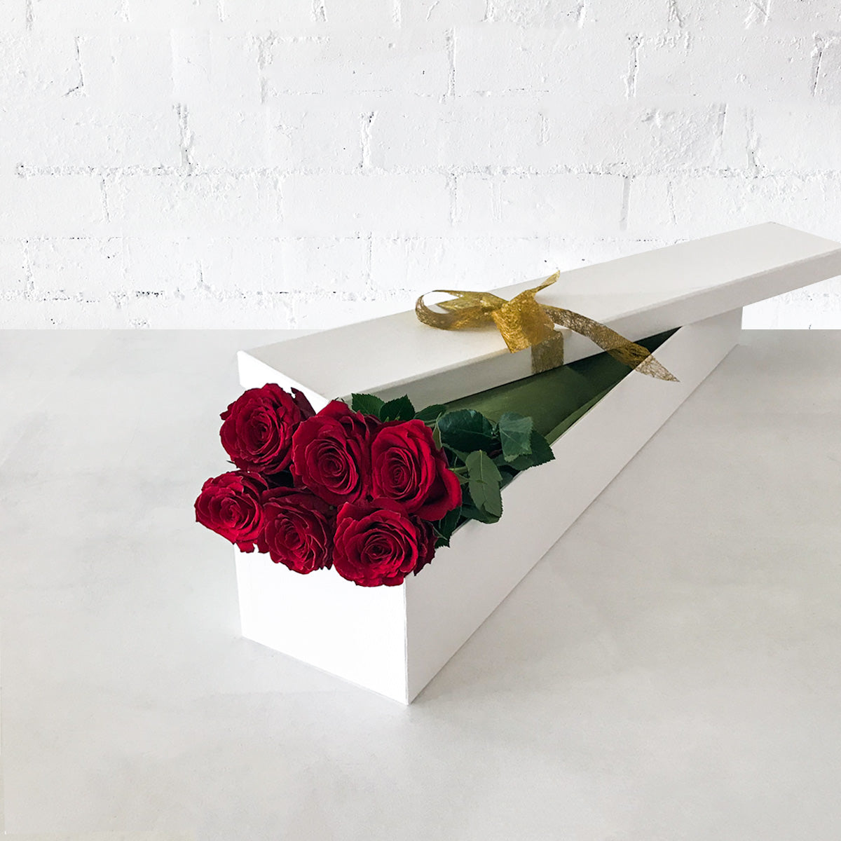 Buy 6 Red Roses for Valentines Day