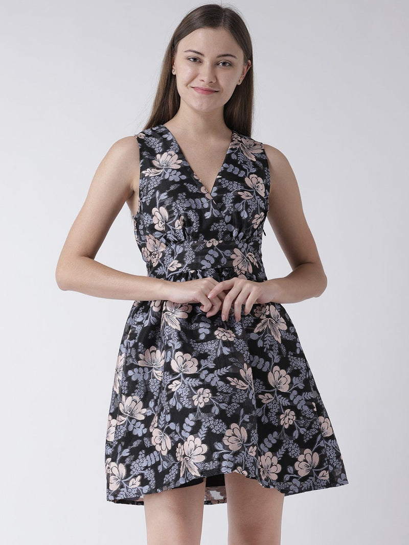 V-neck Smock Dress in Floral