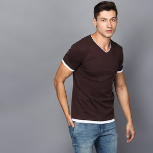 Basic Brown V-Neck T-shirt with Contrast Lining