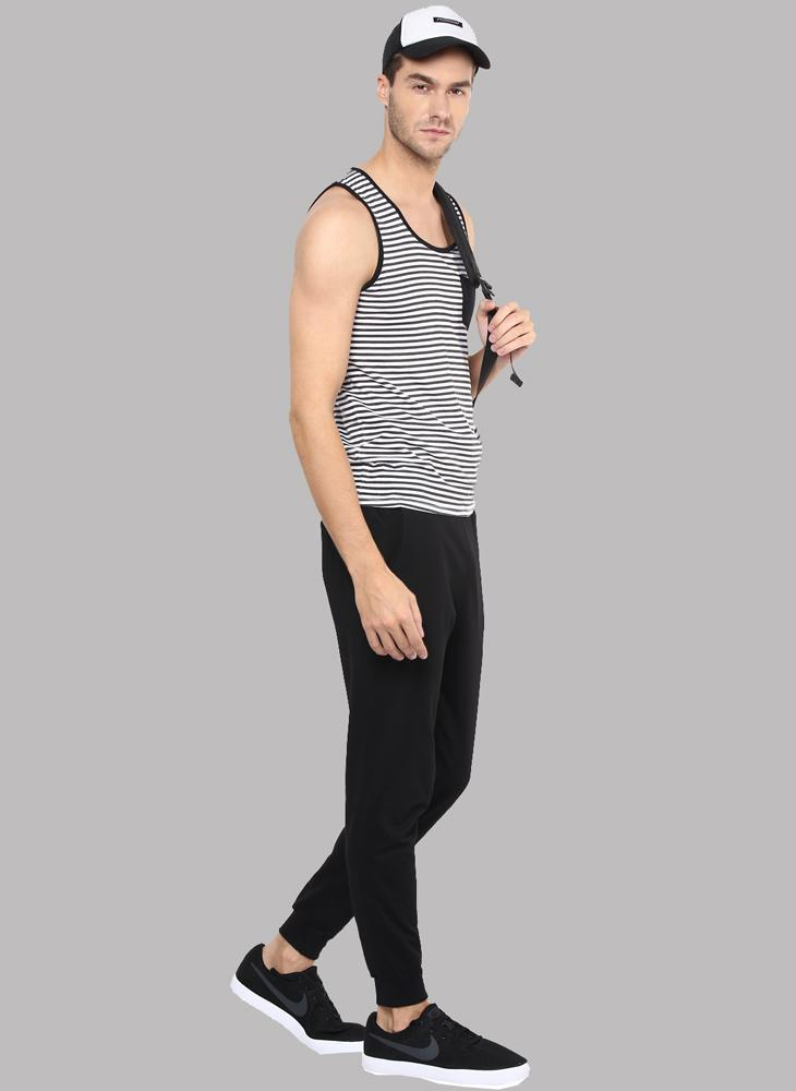 Sleeveless Stripe T-shirt with Pocket detail