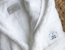 Load image into Gallery viewer, Frette Fluffy Robe