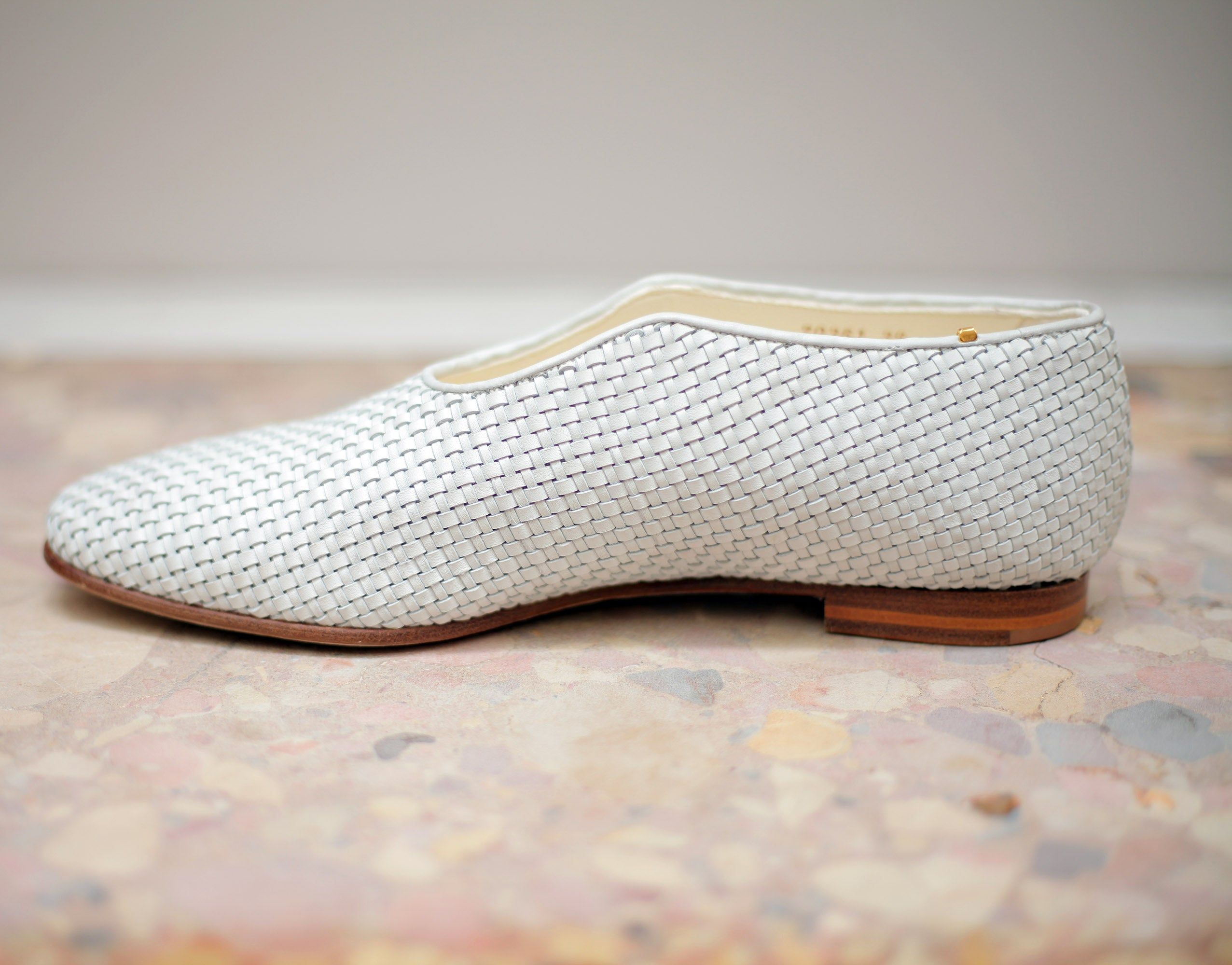 The PHOS-PHORO X ZOE LEE COLLABORATION The Watson in up cycled Italian hand woven calfskin.