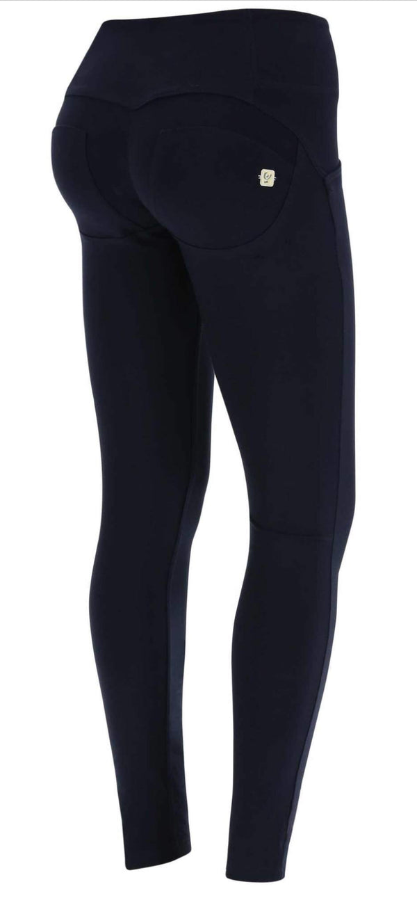 Basic highrise 3 button navy Freddy
