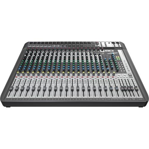SOUNDCRAFT SIGNATURE 22 MTK OPEN BOX SOUNDCRAFTSIGNATURE 22 MTK 22-INPUT MULTI-TRACK MIXER WITH EFFECTS