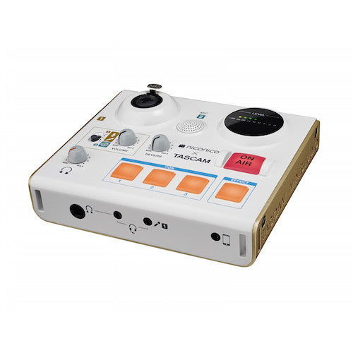 Tascam US-32 - Red One Music